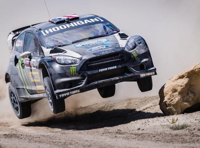 Drift performances in the desert of Ken Block